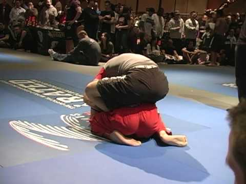 10th Planet Jiu-Jitsu Burbank - Grappler's Quest 12/2009 - Miguel Compilation
