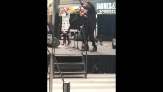 Tessanne Chin at Mall Of America