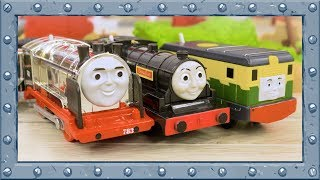 Team of Twins versus Diesels and Steelworks in Team Relay Challenge | Thomas and Friends