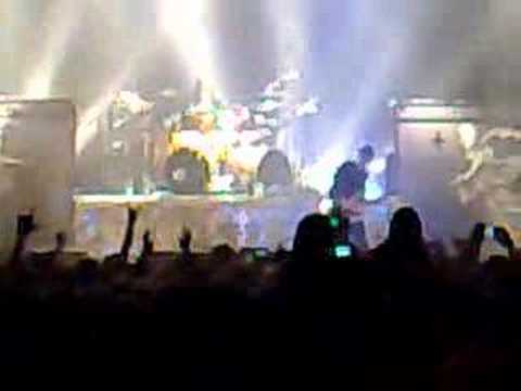 Arch Enemy - Chris Amott Solo (live fragment)
