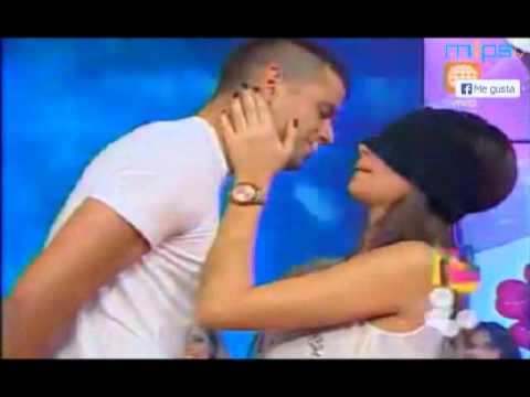 Natalie Vertiz y Yaco Eskenazi en Super Sabado (11-05-13)