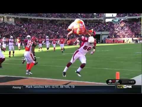 Un touchdown fuori dal comune, incredibile..... Jerome Simpson invece di aggirare il difensore con le solite finte, a pensato bene di scavalcarlo con un salto mortale in avanti, e grazie a...