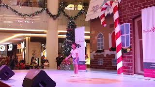 "DANCE PERFORMANCE FROM ""ACADEMIC KIDS TEAM C-ZEE"" (Launching Party) @PluitVillageMall"