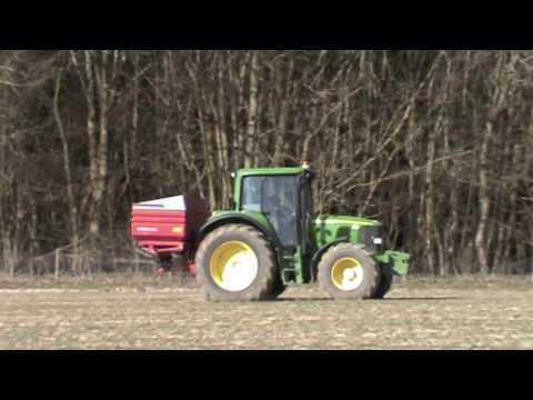 John Deere 6320 Fert spreading *HD*