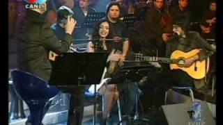 Özcan Deniz-Öykü&Berk-Zorun Ne Benle Aşk(akustik)-iki renk