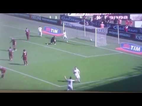 Incredibile gol di Lamela (Torino-Roma 1-2/14.4.2013)