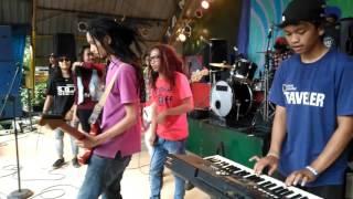 REPUBLIK 2 JARI - Icha demplon live taman topi ( CUCURAK dilantai dansa )