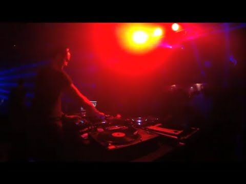 "Paride Saraceni plays his new remix of ""Rise"" feat. Shena #1"