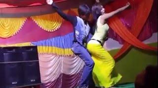 Enjoy Bangla Hot Jatra Dance যাত্রা নাচে পাছা ঝুকিয়ে দর্শকের ঘুম হারাম করলো