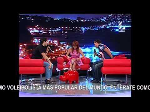 Roberto Martínez enseñó a Guty y Magaly a bailar el 'Waka waka'