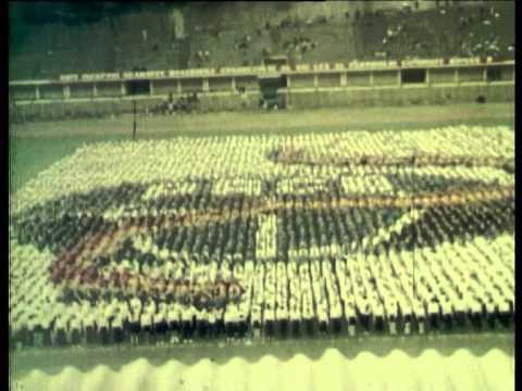 O Zi La Tvr în Epoca Ceauşescu: Versuri şi Cântece Patriotice video