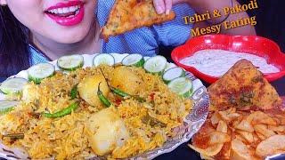Eating Tehri, Bread Pakoda, Potato Fry And Minta Raita || Homemade Food Eating Show || Foodie JD