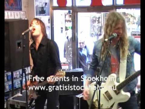 Dundertåget - Bara Till Besvär - Live at Bengans, Stockholm, 2(4)