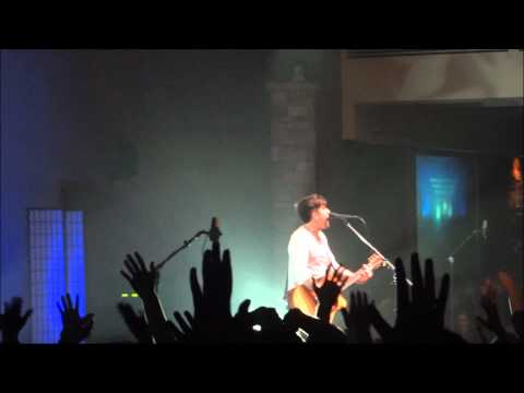Phil Wickham - Singalong 2 - You're Beautiful Live At Calvary Chapel Of Costa Mesa! video