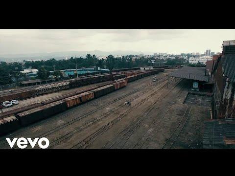 Luis De León Ft Yomo y DVX – Ahora Soy Yo (Official Video) videos