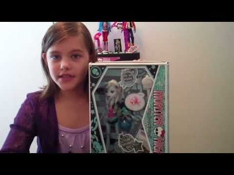 Monster High Lagoona Blue Doll Review