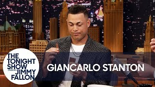 Giancarlo Stanton Doesn't Know How to Eat a Kit Kat