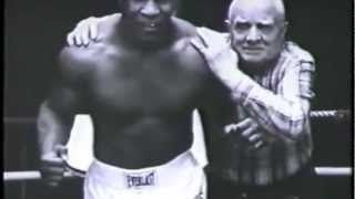 In This Corner With Joe Rogan Feat. Shane Smith - Mike Tyson & Cus D'Amato Edition