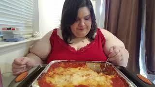 The Big Lasagna Feast Mukbang