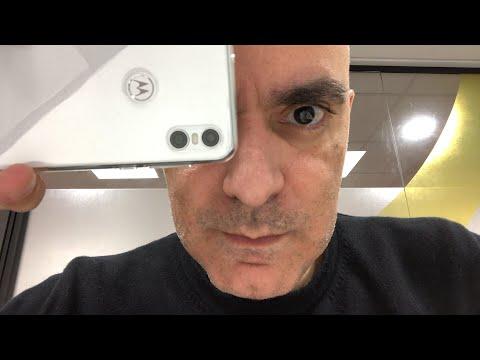 Live: Androidone da Motorola