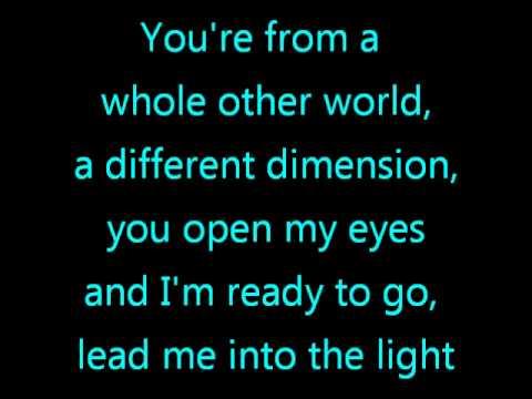 Katy Perry - E.t. With Lyrics video