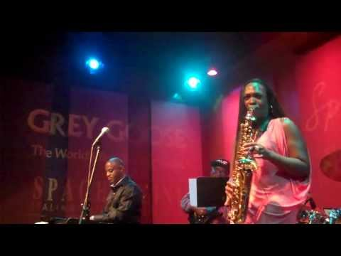 Jeanette Harris performs Saxy live at Spaghettinis
