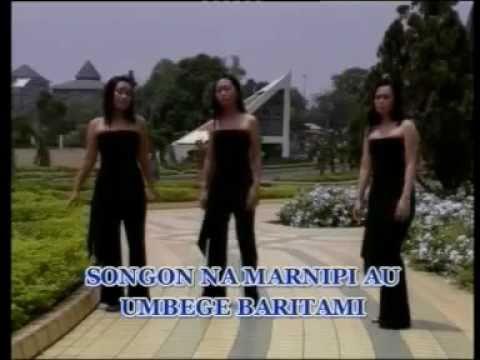 Bunga Harotas-Simatupang Sister
