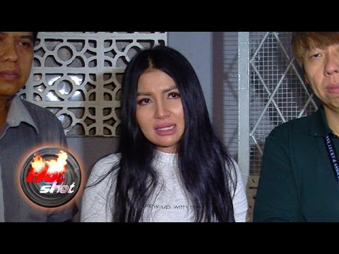 Kangen Anak, Five Vi Datangi Rumah Mantan Suami - Hot Shot 28 April 2017