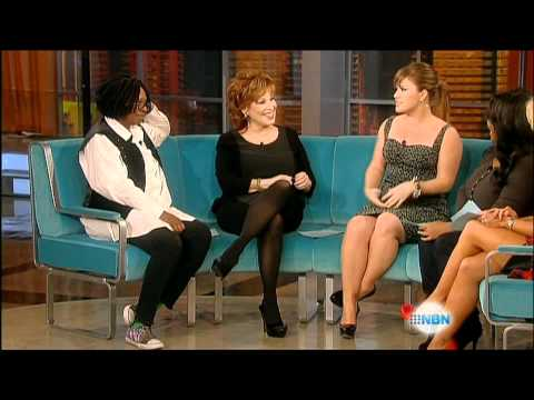 Kelly Clarkson - The View Interview, 26th of October, 2011