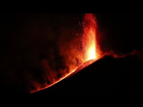 Italie : éruption de l'Etna