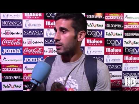 Lluís Sastre atiene en Zona Mixta los micrófonos de Hora Blanquiazul para somoslega.com tras el empate del C.D. Leganés por 1-1 ante el Zaragoza en la jornada 3 de Liga Adelante 2015/2016.