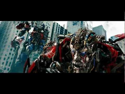 Transformers 3 Fight Scene - Optimus vs Sentinel HD