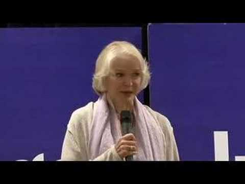 Ellen Burstyn at Indigo Books & Music