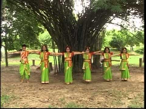 Anandaloke Mongolaloke Full Song Aloker Eai Jharnadharai- Rabithakurer...
