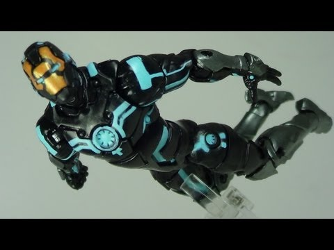 Marvel Universe Zero Gravity Space Armor Iron Man Figure Review