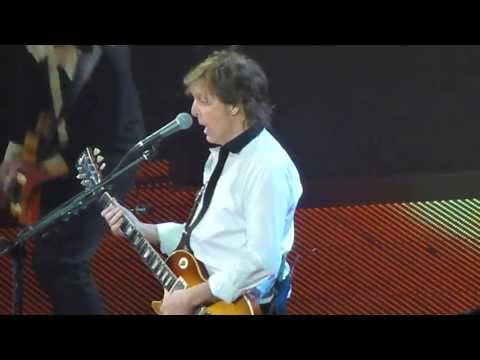 "PAUL MCCARTNEY ""Golden Slumbers/Carry That Weight/The End"" 5-22-13, Austin"