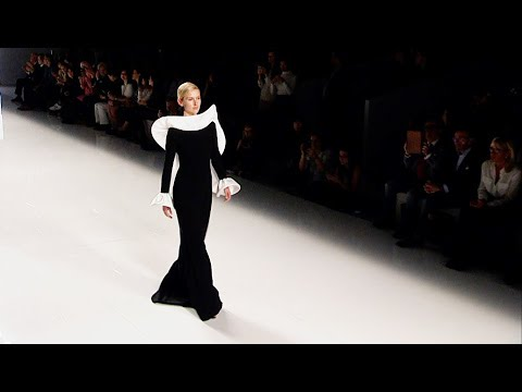 Isabel Sanchis  Barcelona Bridal Fashion Week 2017  Exclusive
