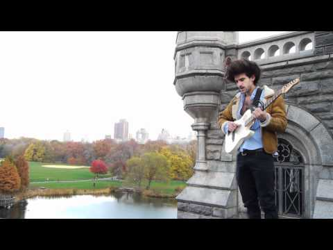King Charles - Beating Hearts (Buzzsession)