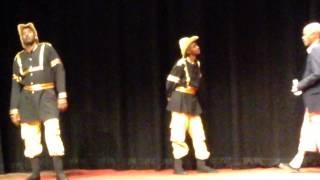 مسرحية النظام يريد السودانية