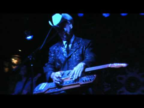 Junior Brown - My Wife Thinks You Are Dead