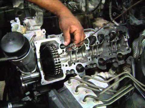 Motor mercedes c320 cambio de juntas de cabeza youtube for Mercedes benz engine number check