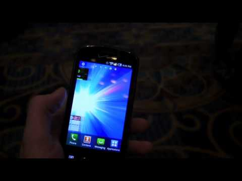 Samsung Stratosphere Hands-On (2)