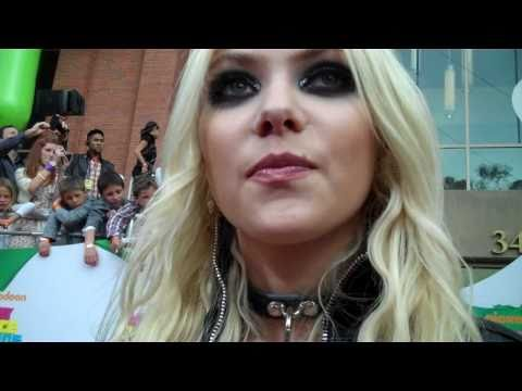 Taylor Momsen at the 2011 Kids' Choice Awards Music Videos