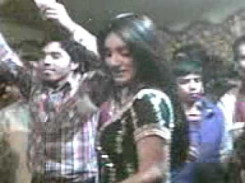 (asif Baloch)mujra Muni Badnam H0i.3gp(juga Naveed) video