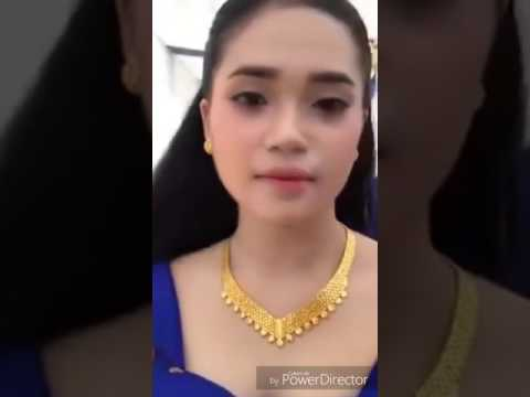 Live video Facebook Nila in Cambodia នីឡា