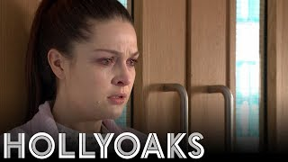 Hollyoaks: Sienna Suffers from Shock
