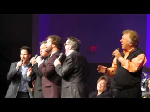 Gaither Vocal Band - Jesus on the Mainline (LIVE)