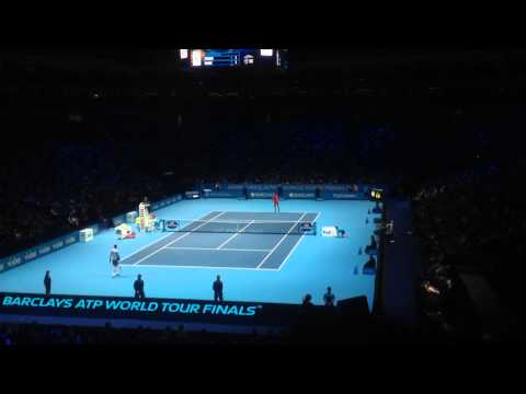 Roger Federer vs Milos Raonic - 2014 ATP World Tour Finals - 1