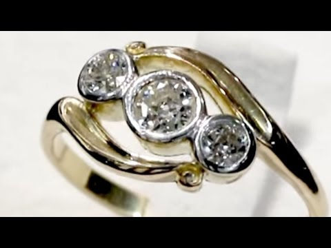 0.58 ct Diamond and 18 ct Yellow Gold Dress Ring - Antique Circa 1930 A5284