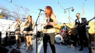 Clairy Browne & The Bangin' Rackettes: Love Letter